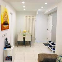 COZY 2-Bedroom Apartment in Wanchai 3 minutes to Mtr