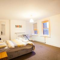 Garden flat for 5 in West Hampstead