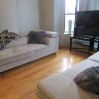 Spacious Condo minutes from Downtown and Navy Pier