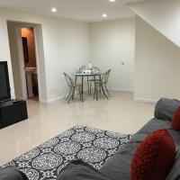 Renovated 2 Bedroom Apartment near JFK and LGA Airport