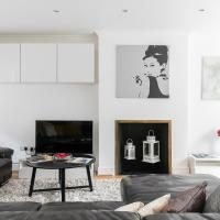 Park Lane 3-bedroom villa