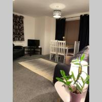 *Heywood Greater Manchester Apt sleeping 4 guests*