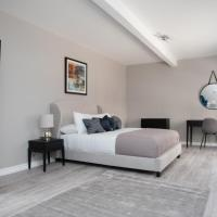 STUNNING MEWS House - Nr KEW GARDENS and RIVER THAMES