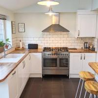 Moreton House - Homestay