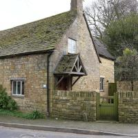 1 Church Cottages, CHIPPING CAMPDEN