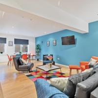 Chalk Cliff View - fantastic central Lewes apartment with panoramic cliff views! - sleeps up to 6