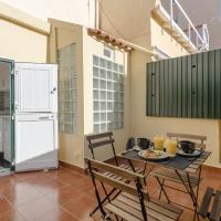 Lapa Meio - apt. with terrace between Estrela and Santos quarters