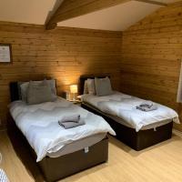 Southernwood - Garden Lodge 2