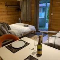 Southernwood - Garden Lodge 5