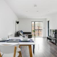 Azure Apartment Birmingham City Centre