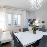 Stunning 2-Bedroom Apartment in Florence, Sleeps 5