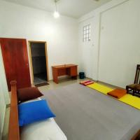 Golden Town Hotel, hotel in Tangalle