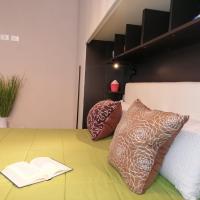San Camillo studio flat with private garde