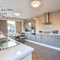 Large Lovely Manchester 4 bed Home