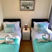 Fabulous Seaside Apartments - Sleeps 6, Free WiFi & Parking