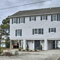 Waterfront House w/ Deck - 1/2 Mi to Beach!
