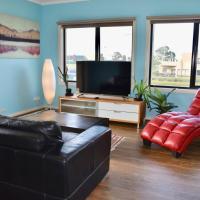 3 Bedroom Getaway in Trendy Thornbury