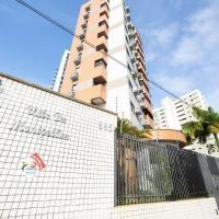Apartamento em bairro central de Natal