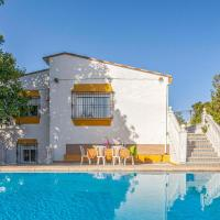 Seven-Bedroom Holiday Home in Tomares, hotel in Tomares