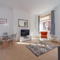Lovely, Clean & Spacious 2-Bed Apartment in SOHO
