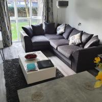 Luxury City Centre Flat with Secure Parking