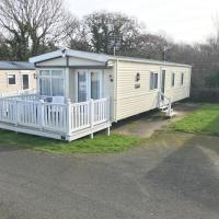 Luxury 2 Bedroom Caravan LG25, Shanklin, Isle of Wight