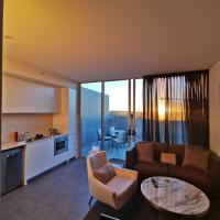 Large 1 br apt in chatswood
