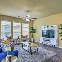 Modern Home w/ Grill - 7 Mi to Lackland AFB!