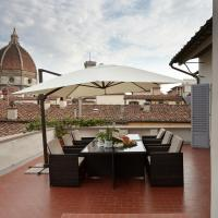 Penthouse with big terrace Duomo view