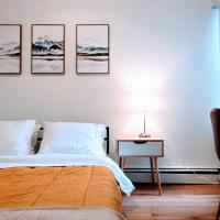Convenient Clean and Comfortable Apt - FREE Parking - Right By Harvard Business School and the New Harvard Engineering School -