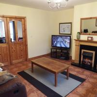 Acorn Lodge - Deluxe 3 Bedroom House in Killarney Holiday Village