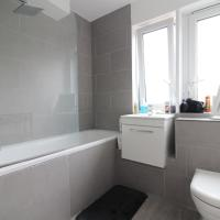 4 bedroom available in Tower Bridge London