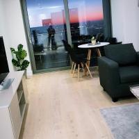 Luxury, spacious, stylish Canary Wharf apartment