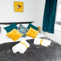 Kelston View - Serviced Apartment by Lets for Execs Ltd