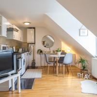 Spotlessly clean and cosy flat in a popular area