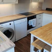 3 Bedroom Apartment - East London - (London Underground Central Line)