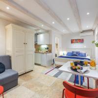 Apartment Neva