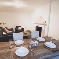 High Street Kensington Garden Apartment - 2 bedrooms