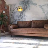 Cocoa Warehouse - Stunning studio with free secure underground parking