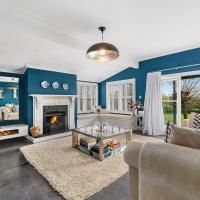 The Cattlestop & The Milkshed - Martinborough Holiday Home