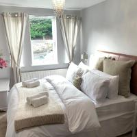 Spacious 2 Bed Apartment With Off Street Parking