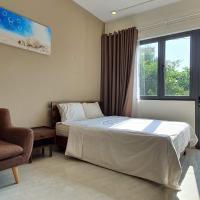 OYO 990 Home 2 Hotel