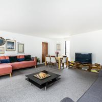 Stylish 2 bed / 2 bath flat in Mayfair