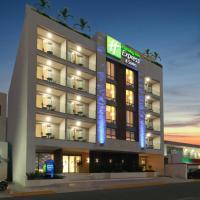 Holiday Inn Express & Suites - Playa del Carmen, hotel in Playa del Carmen