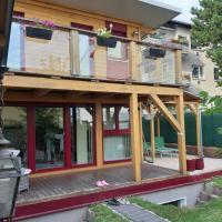 Sunshine House with Garden