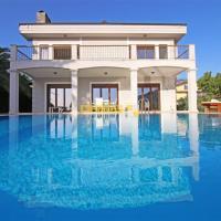 Fethiye Çiftlik'de 4 Odalı Özel Havuzlu Villa