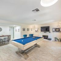Welcome to your Dream Home, up to 12 guests!