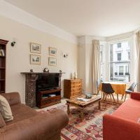 Charming 1 bed flat in West Brompton, sleeps 4