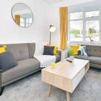 Spacious Entire House for Groups & Workers - Middleton House by True Stays