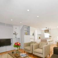 Newly Refurbished 2 Bed Serviced Apt, Mayfair.